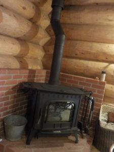 薪ストーブの炉台・炉壁設置工事